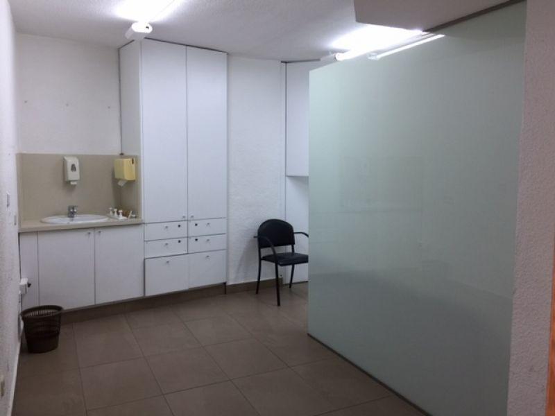VENTA LOCAL COMERCIAL CENTRICO, 19O M2. APORX., ZONA RONDA DE LEVANTE, 8 DESPACHOS