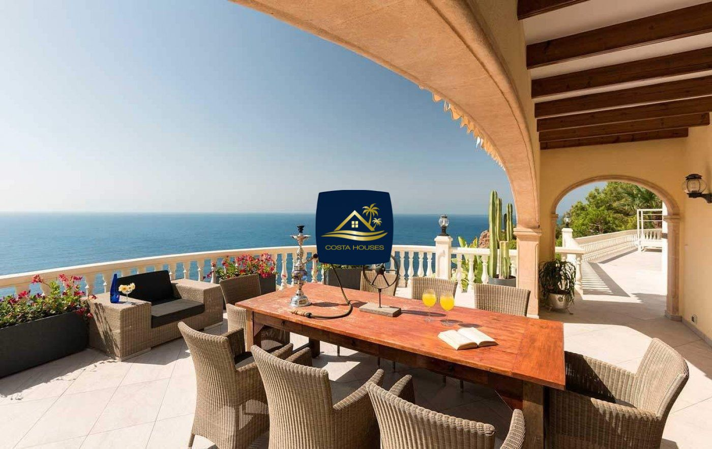 Fantástica Villa de 6 dormitorios en JAVEA con Vistas directas al Mar y Faro | Xàbia Costa Blanca
