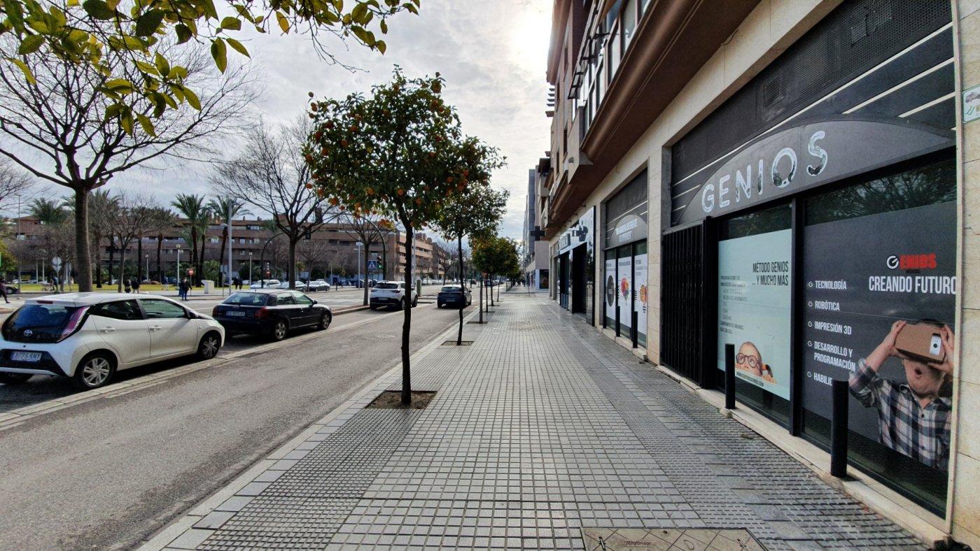 local-comercial en cordoba · carrefour 1500€
