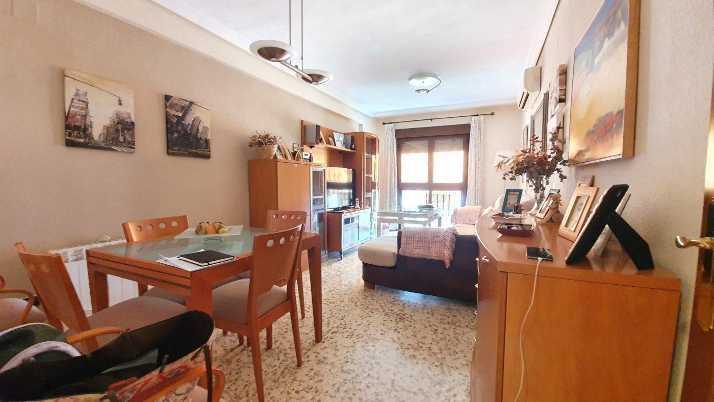 piso en cordoba · av-barcelona---vinuela---rescatado 99000€