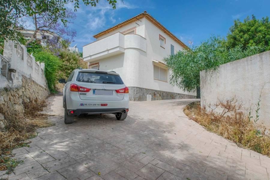 townhouse en la-nucia · el-tossal 130000€