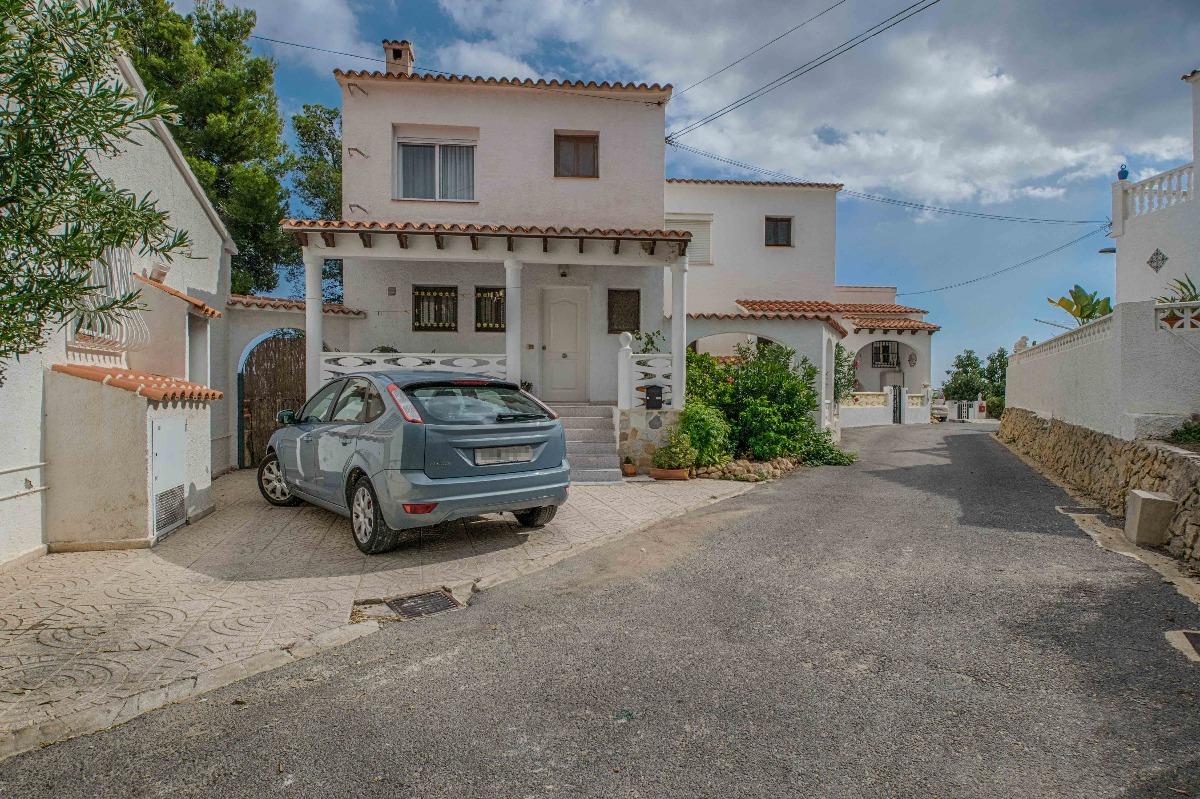 townhouse en la-nucia · el-tossal 124900€