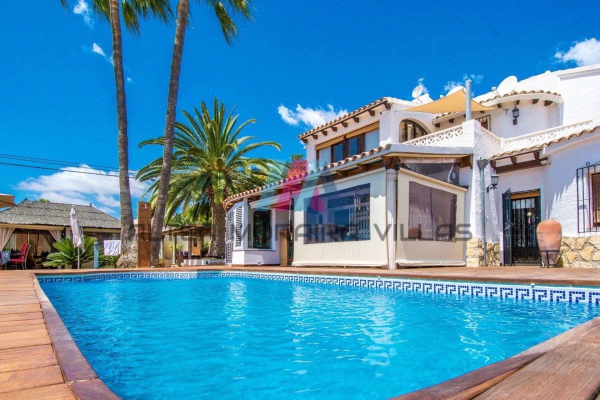 Inmobiliaria en Altea - Propiedades en venta Altea - villa - cautivador