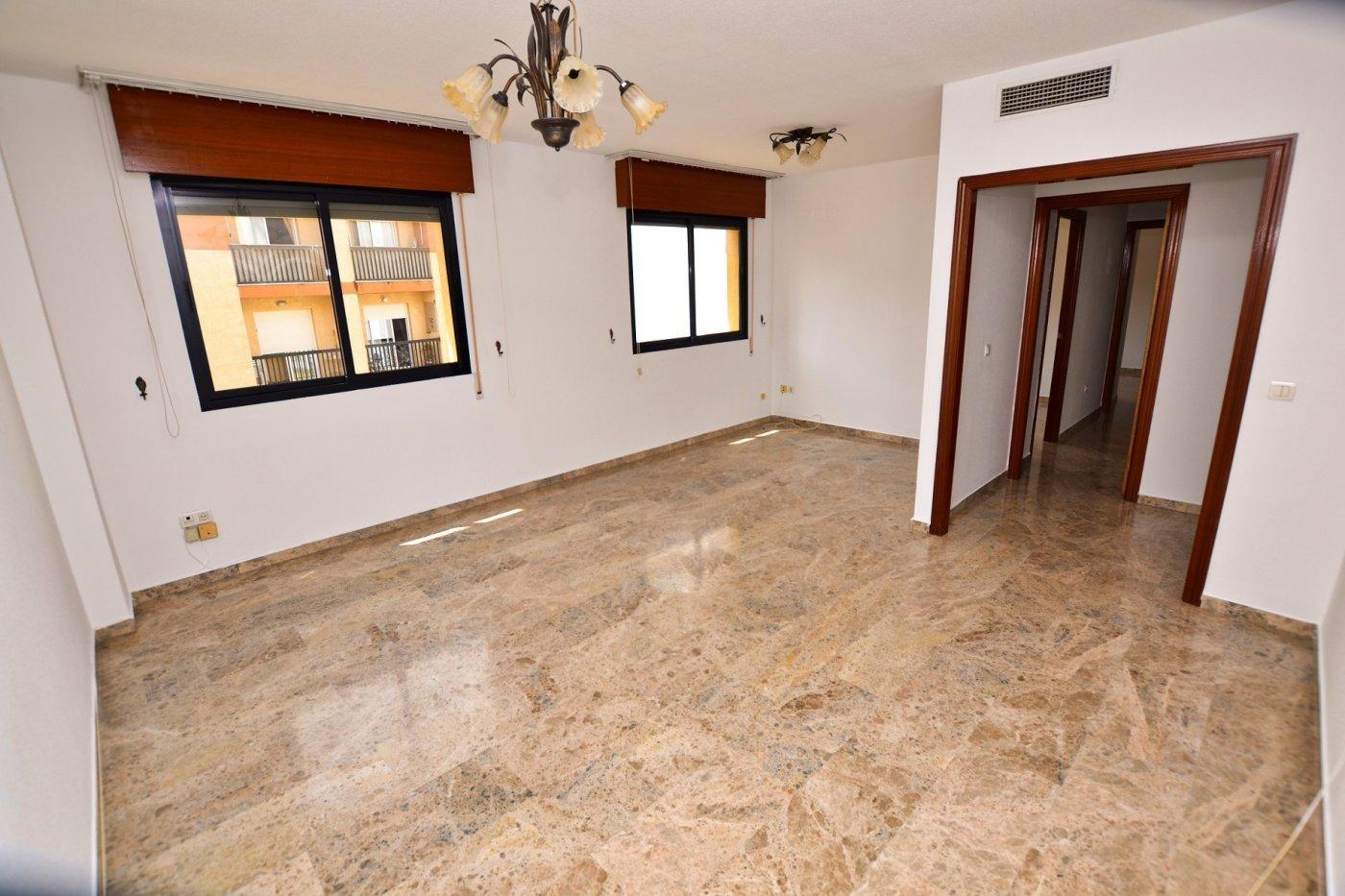 piso en cordoba · santa-rosa 125000€