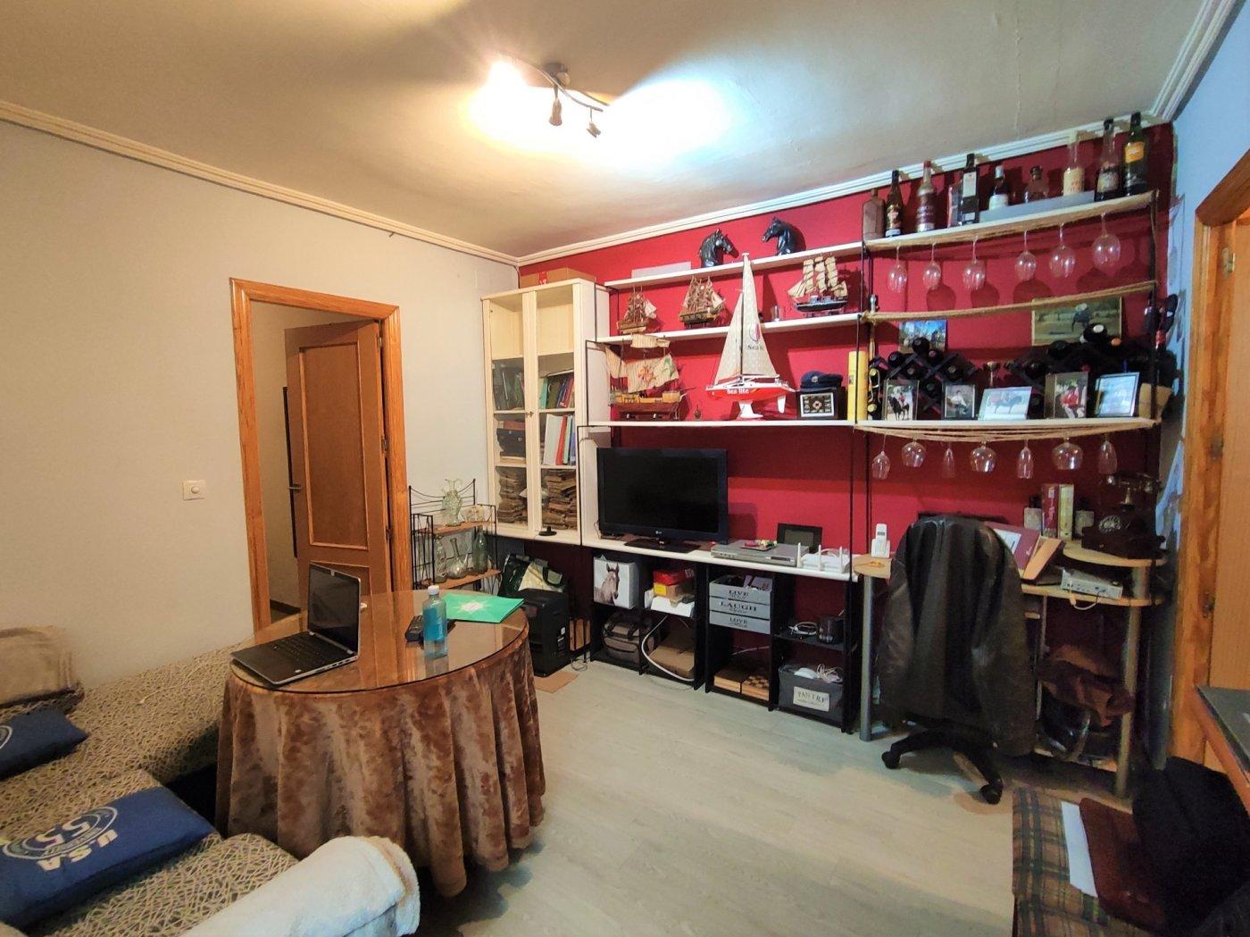 piso en cordoba · santa-marina 79500€
