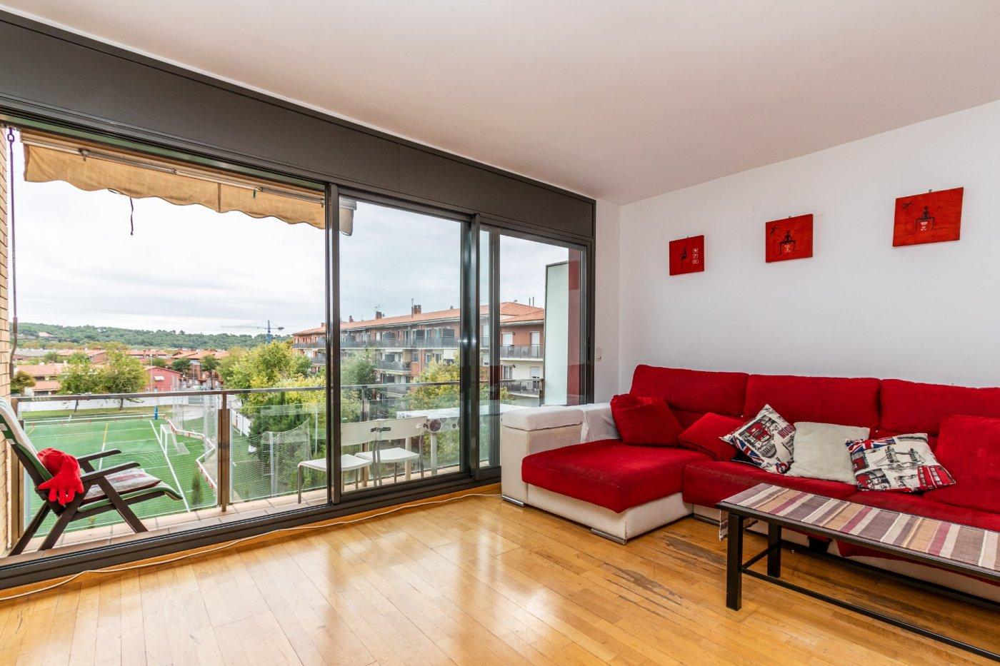 Espectacular piso en espai tolra con pk y piscina comunitaria - imagenInmueble0