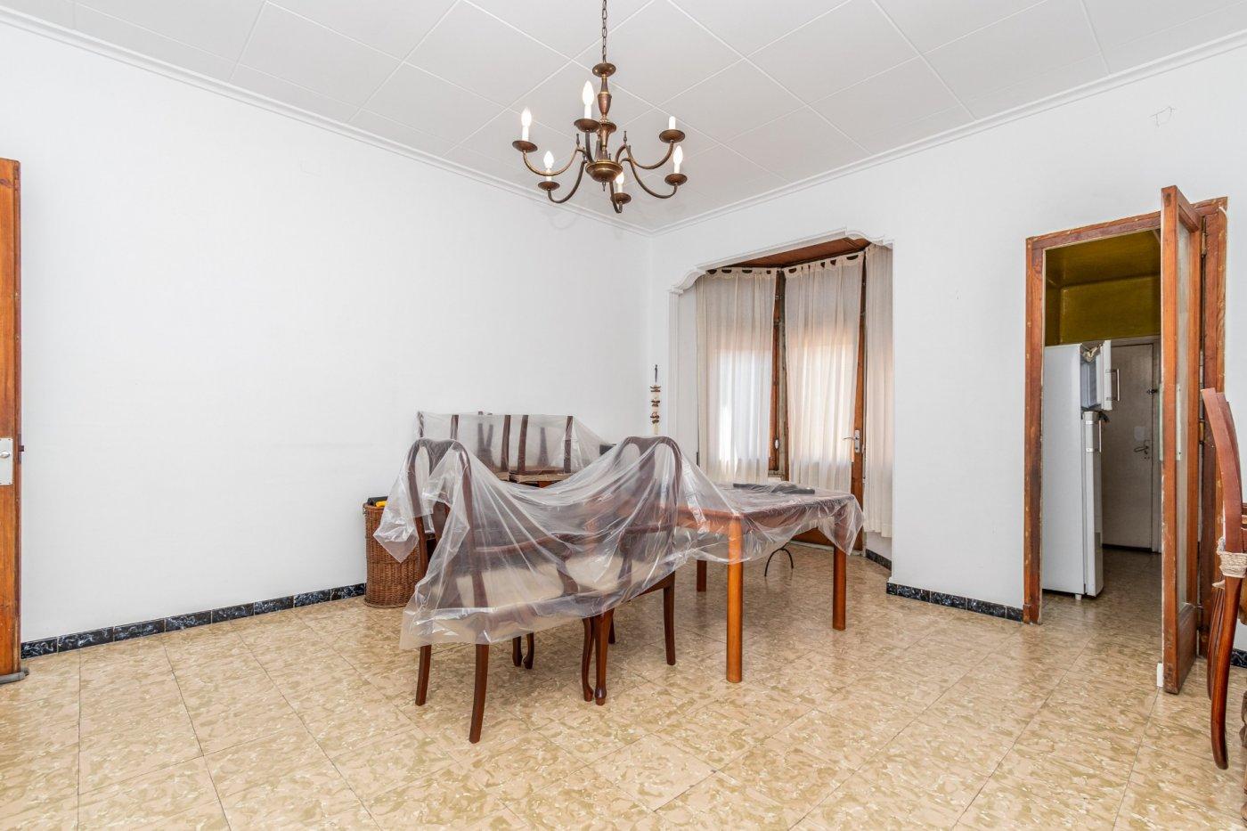 casa en sabadell · gracia 230000€