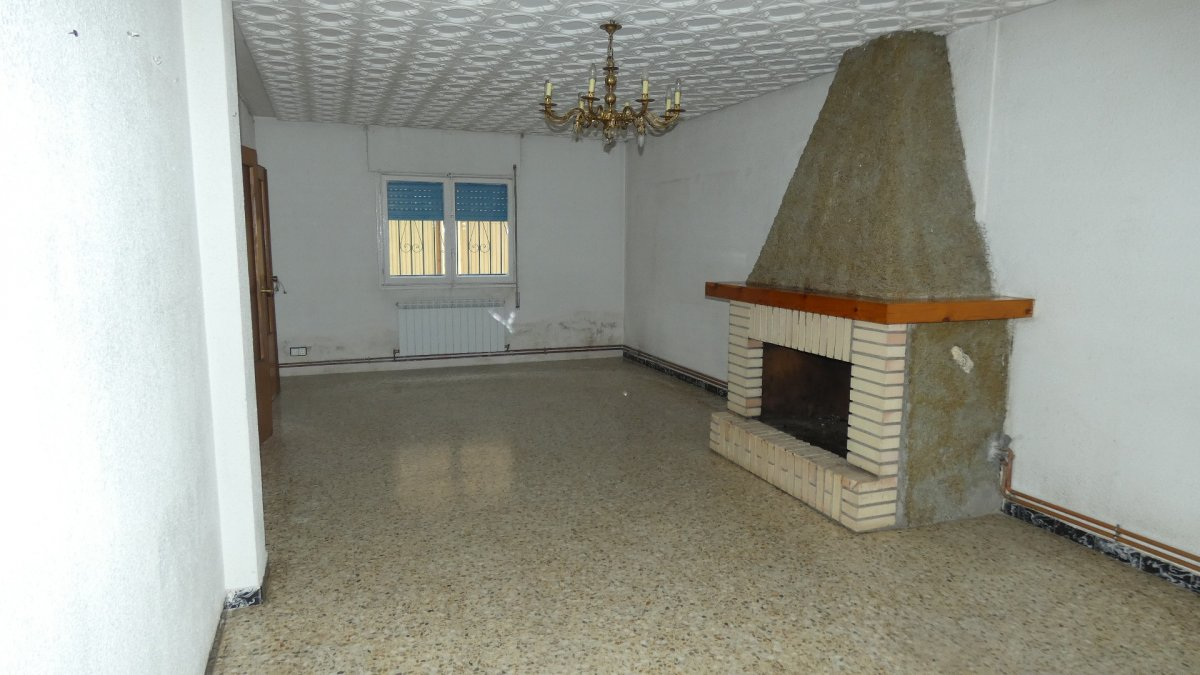Casa en venta en Utebo
