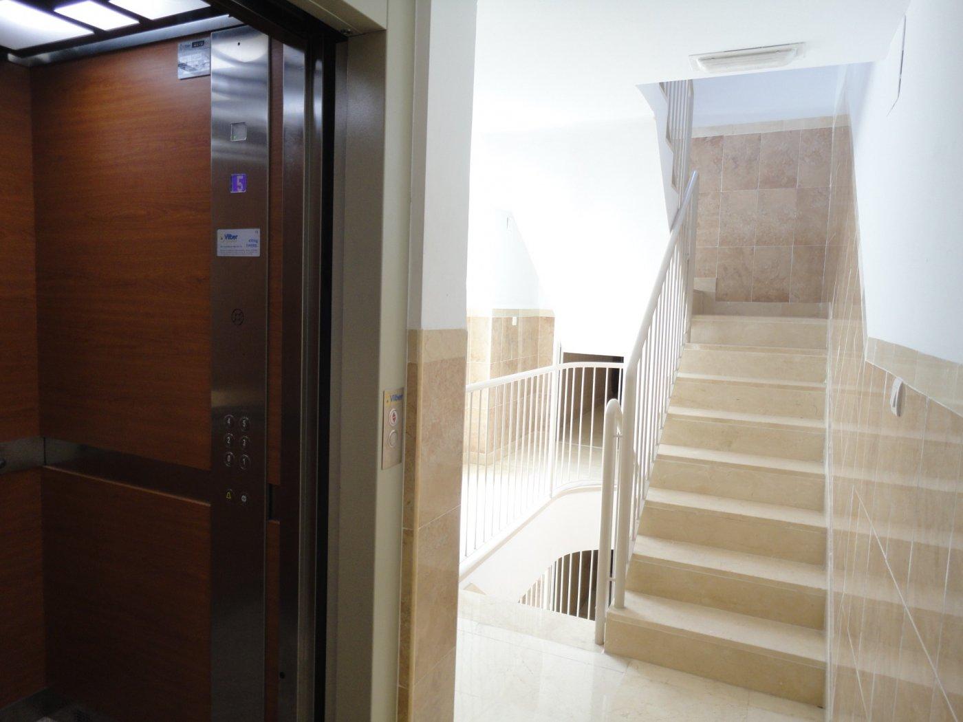Ático · Granada · Plaza De Toros 126.000€€