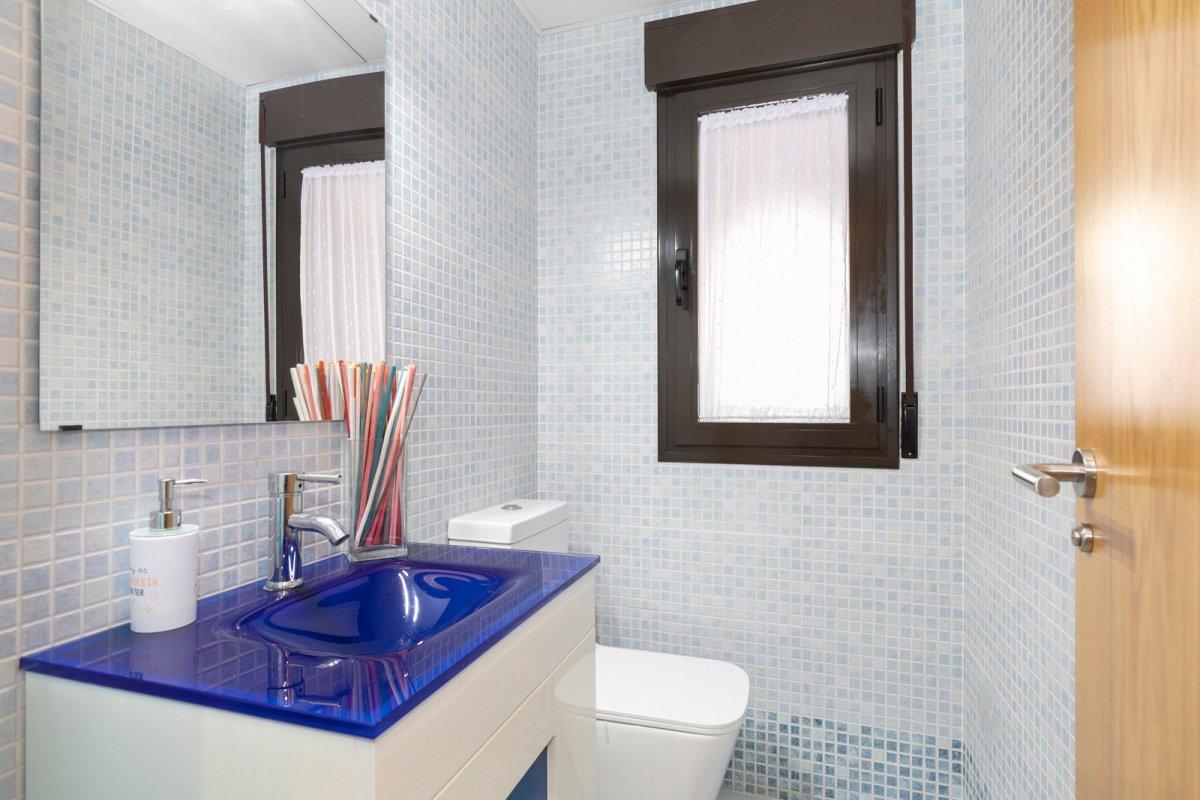 MagnÍfica casa en huÉtor vega con zonas comunes. ideal para familias - imagenInmueble3