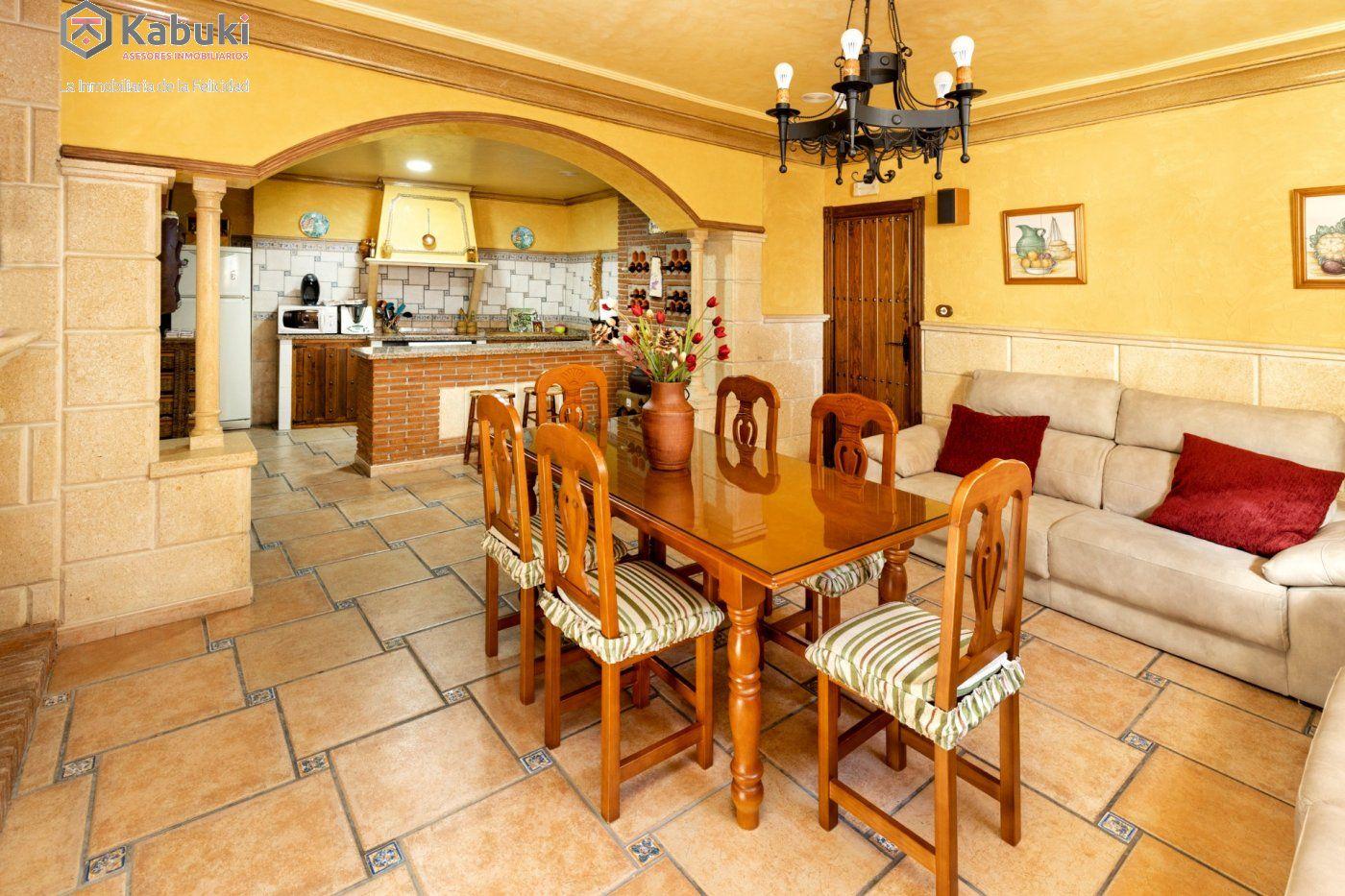 Magnífica casa en jun, con fabulosas vistas despejadas a la vega granadina y a montevive - imagenInmueble30