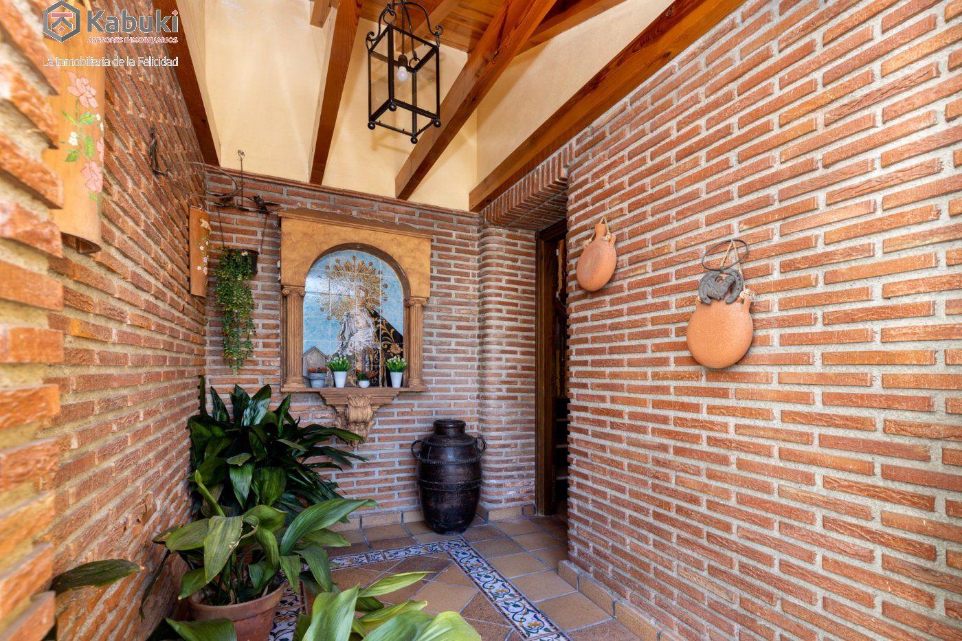 Magnífica casa en jun, con fabulosas vistas despejadas a la vega granadina y a montevive - imagenInmueble33