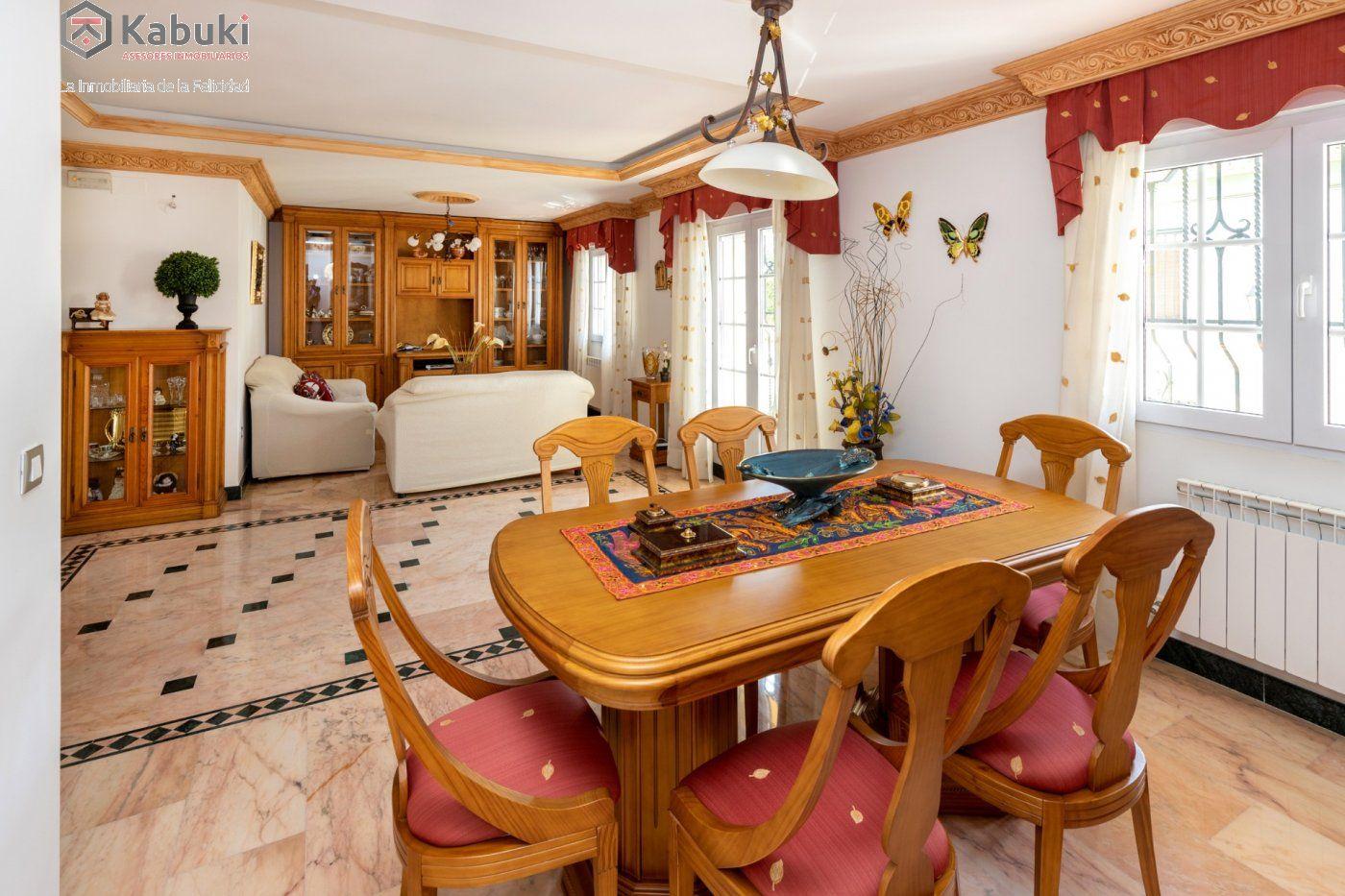 Magnífica casa en jun, con fabulosas vistas despejadas a la vega granadina y a montevive - imagenInmueble5