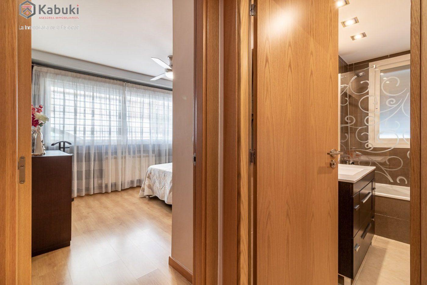 Coqueto piso de 2 dormitorios en un edificio del año 2008, con excelentes calidades y - imagenInmueble15