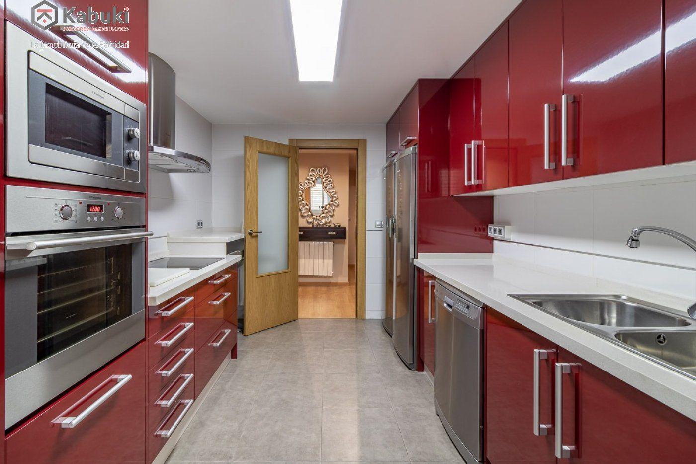 Coqueto piso de 2 dormitorios en un edificio del año 2008, con excelentes calidades y - imagenInmueble2