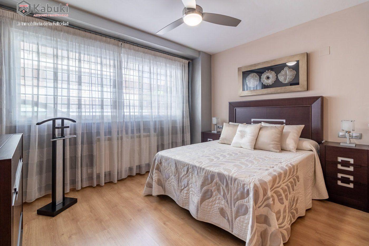 Coqueto piso de 2 dormitorios en un edificio del año 2008, con excelentes calidades y - imagenInmueble3