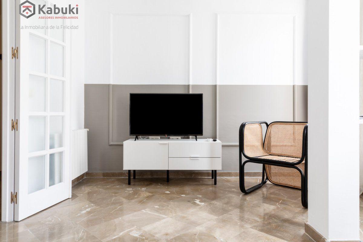 Magnífico inmueble de dos dormitorios en gran via. de estilo moderno, sentirás todo el con - imagenInmueble13