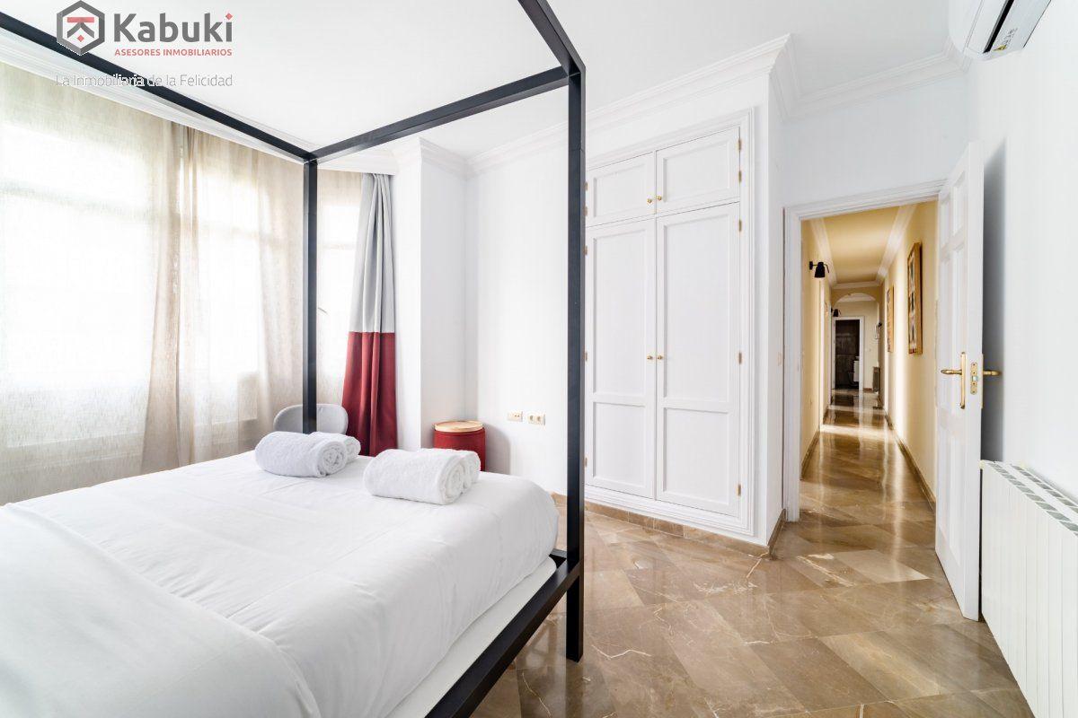 Magnífico inmueble de dos dormitorios en gran via. de estilo moderno, sentirás todo el con - imagenInmueble24