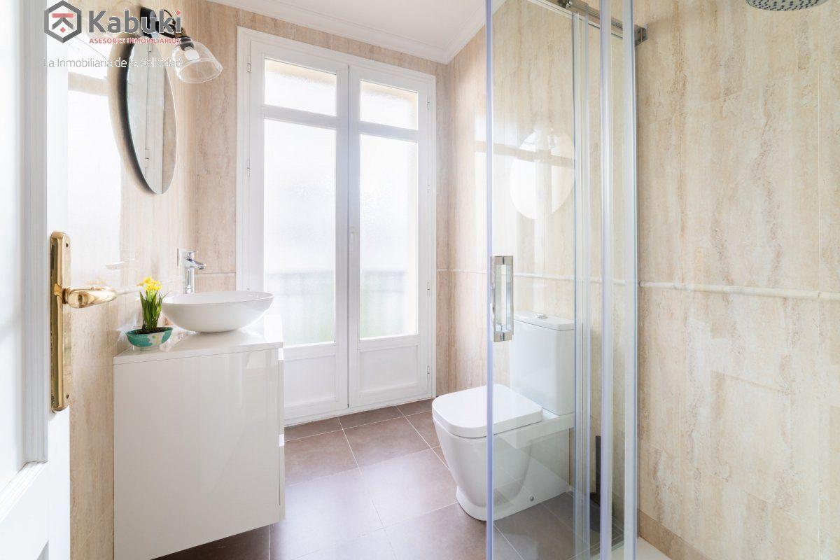 Magnífico inmueble de dos dormitorios en gran via. de estilo moderno, sentirás todo el con - imagenInmueble31