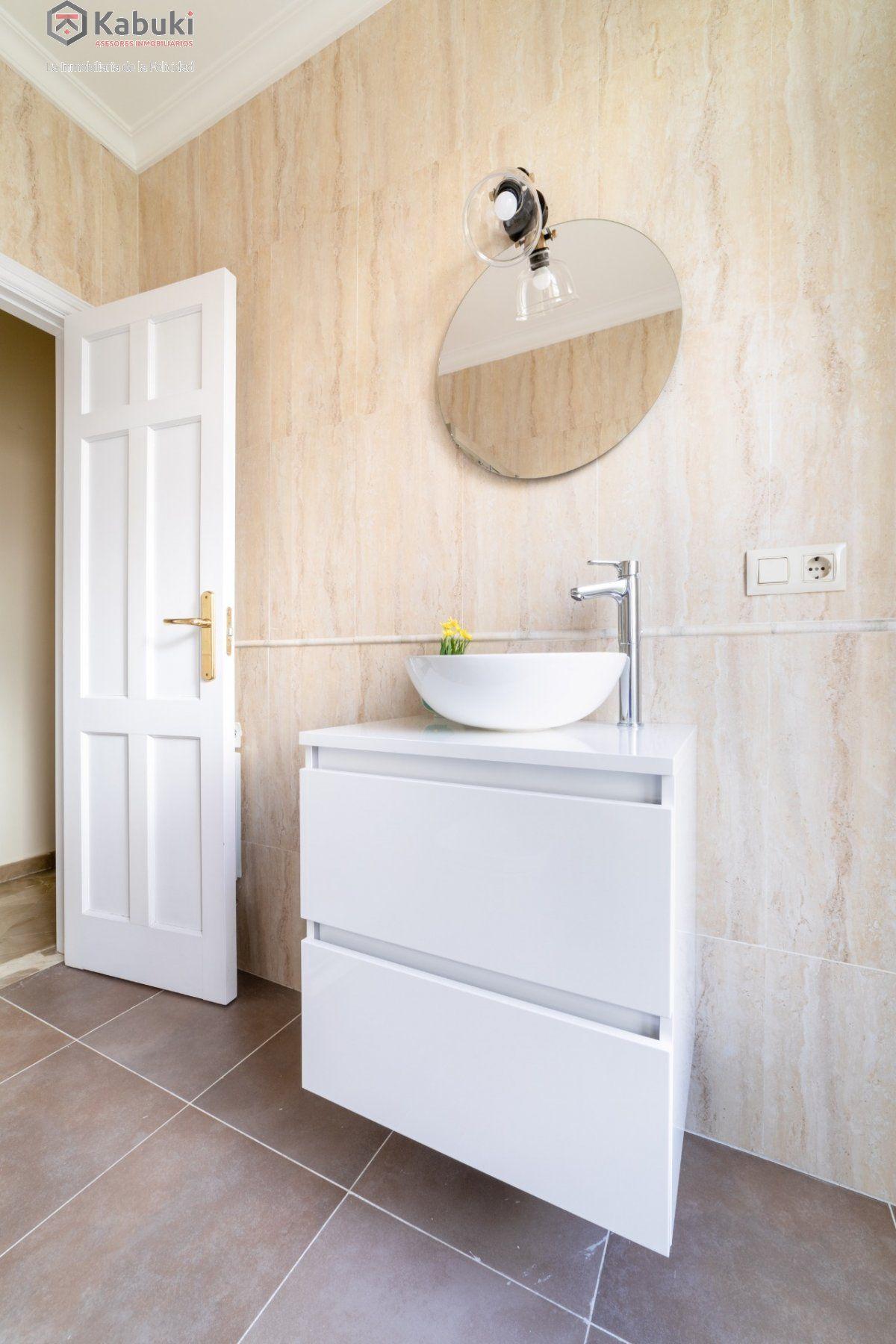 Magnífico inmueble de dos dormitorios en gran via. de estilo moderno, sentirás todo el con - imagenInmueble33