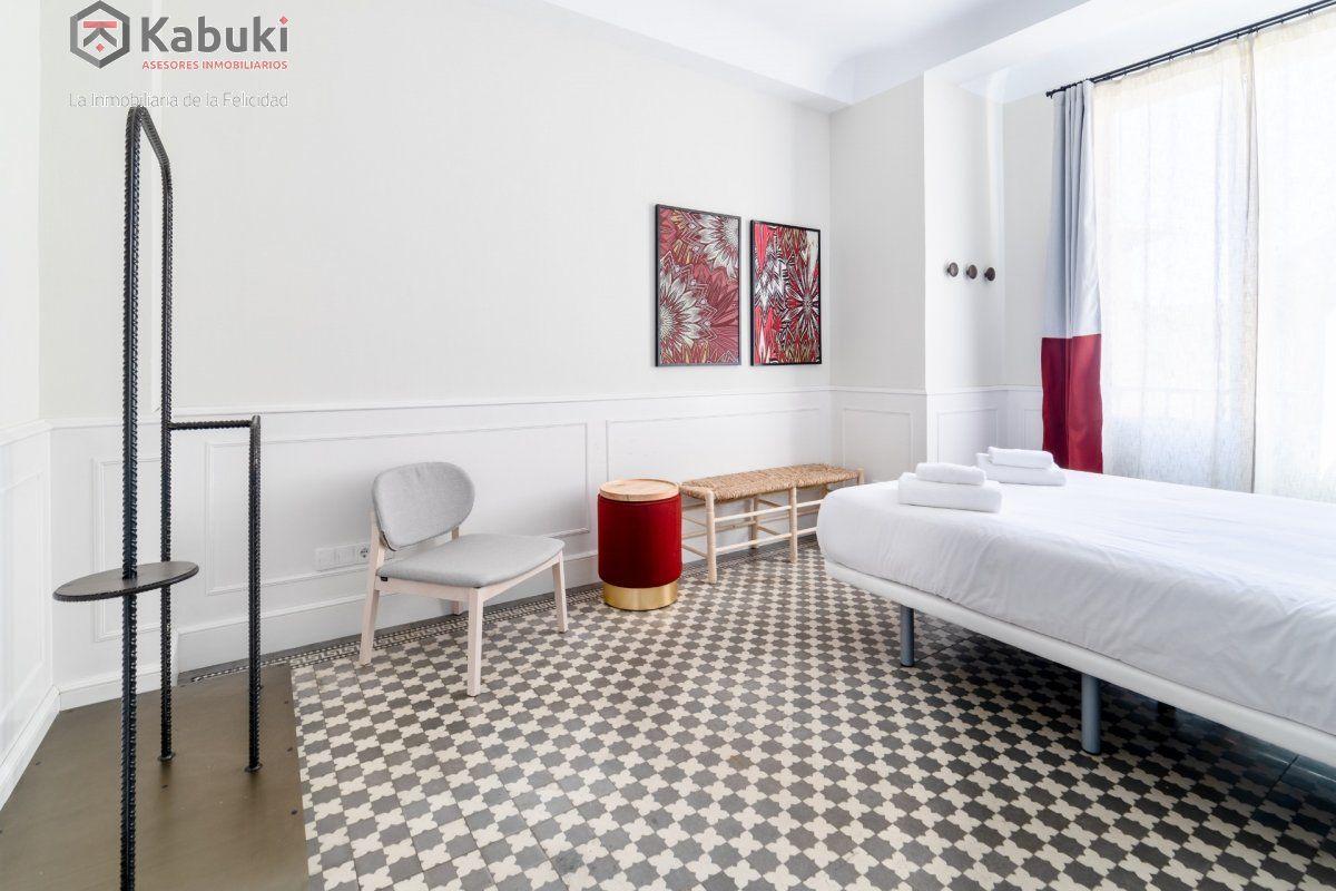 Se alquila curso 2020/2021 amplio y moderno apartamento, 6 dormitorios, 165 m, plenagran v - imagenInmueble16