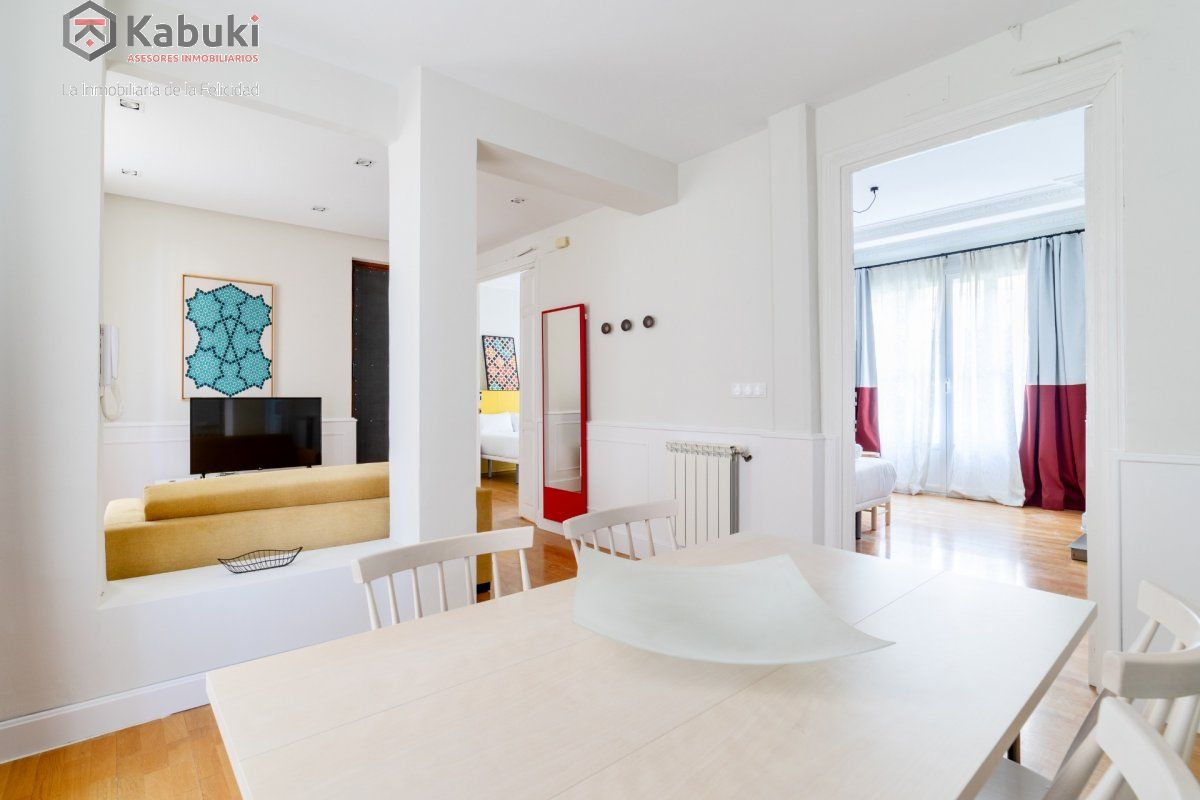 Se alquila curso 2020/2021 amplio y moderno apartamento, 6 dormitorios, 165 m, plenagran v - imagenInmueble3