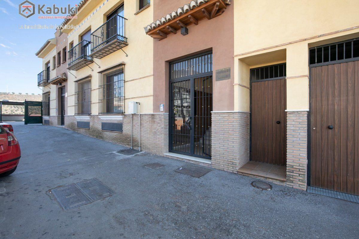 Precioso apartamento con encanto, para entrar, en una bonita zona residencial a 10 min de  - imagenInmueble22