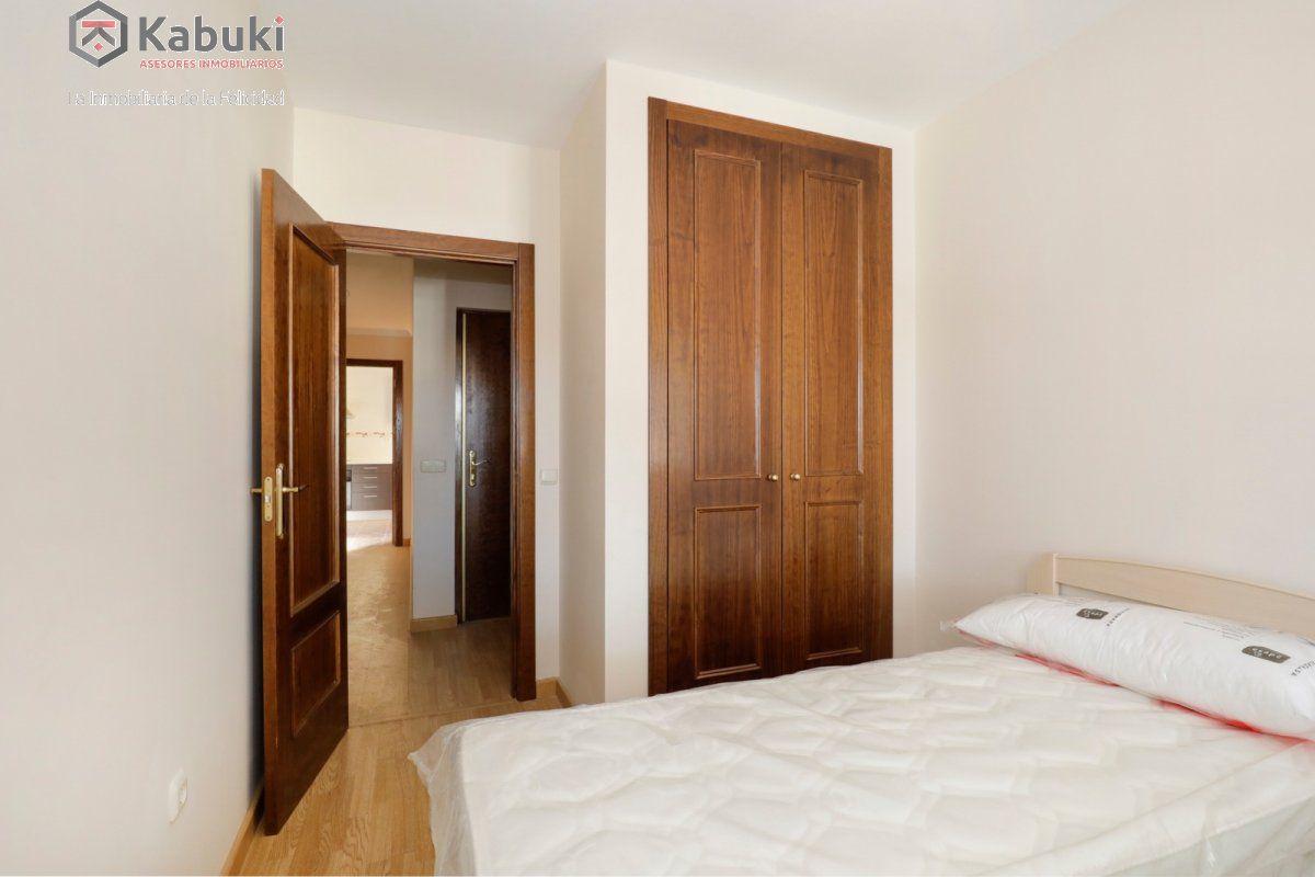 Precioso apartamento con encanto, para entrar, en una bonita zona residencial a 10 min de  - imagenInmueble5