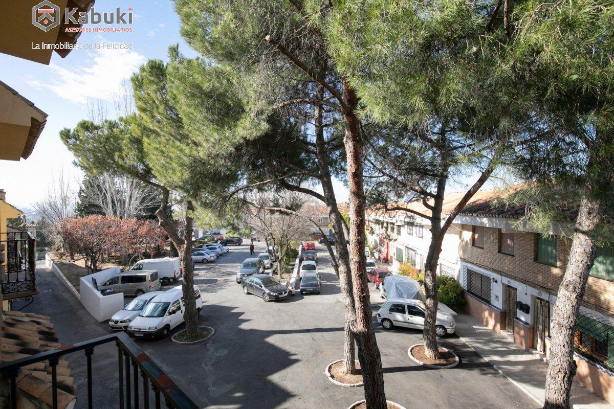 Precioso apartamento con encanto, para entrar, en una bonita zona residencial a 10 min de  - imagenInmueble7