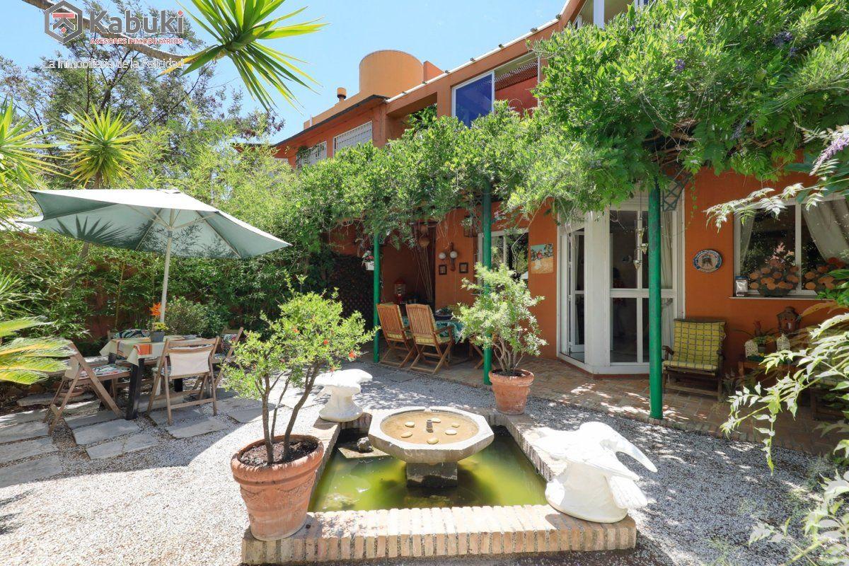 Preciosa casa unifamiliar en el serrallo. ubicada en un enclave privilegiado,con maravillo - imagenInmueble1