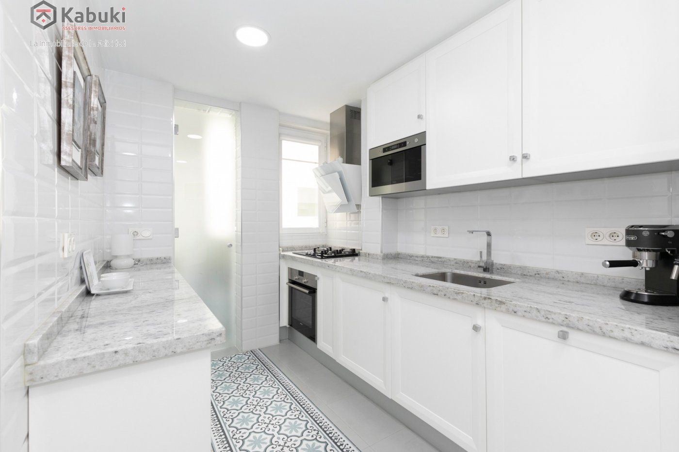 Magnífico piso en zona de recogidas, espacioso y luminoso en planta alta. - imagenInmueble11