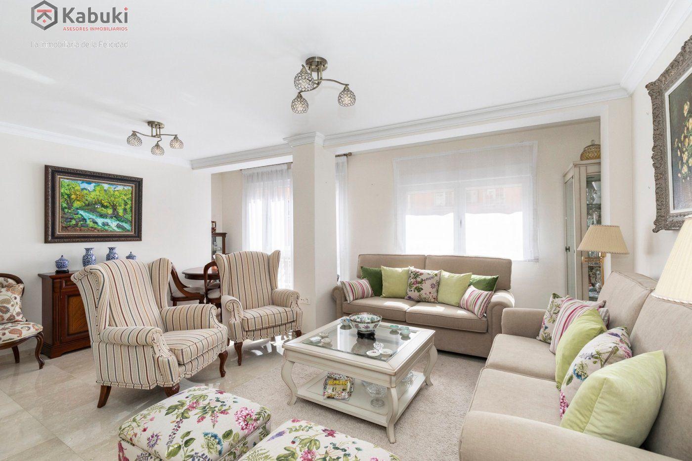 Magnífico piso en zona de recogidas, espacioso y luminoso en planta alta. - imagenInmueble1