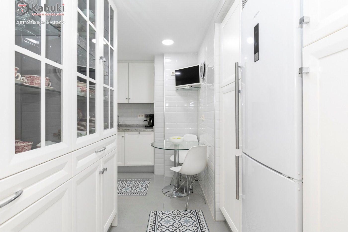 Magnífico piso en zona de recogidas, espacioso y luminoso en planta alta. - imagenInmueble2