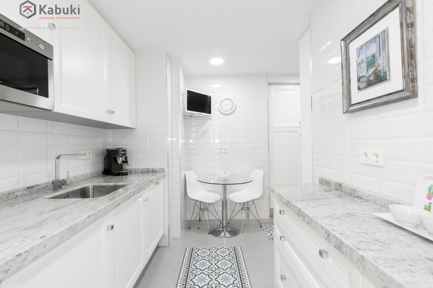 Magnífico piso en zona de recogidas, espacioso y luminoso en planta alta. - imagenInmueble3
