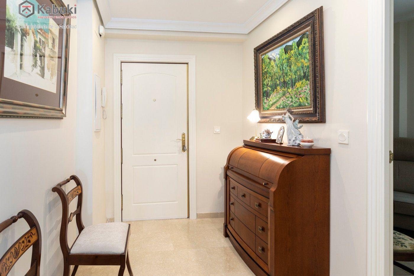 Magnífico piso en zona de recogidas, espacioso y luminoso en planta alta. - imagenInmueble6