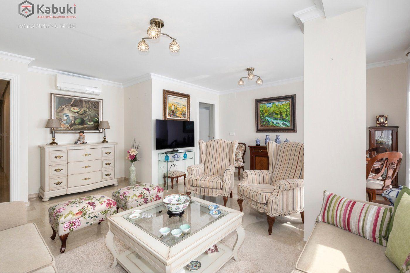 Magnífico piso en zona de recogidas, espacioso y luminoso en planta alta. - imagenInmueble7