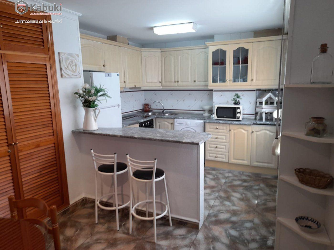 Magnífico inmueble en alquiler en zona hipercor. ideal para familias, luminoso y espacioso - imagenInmueble0