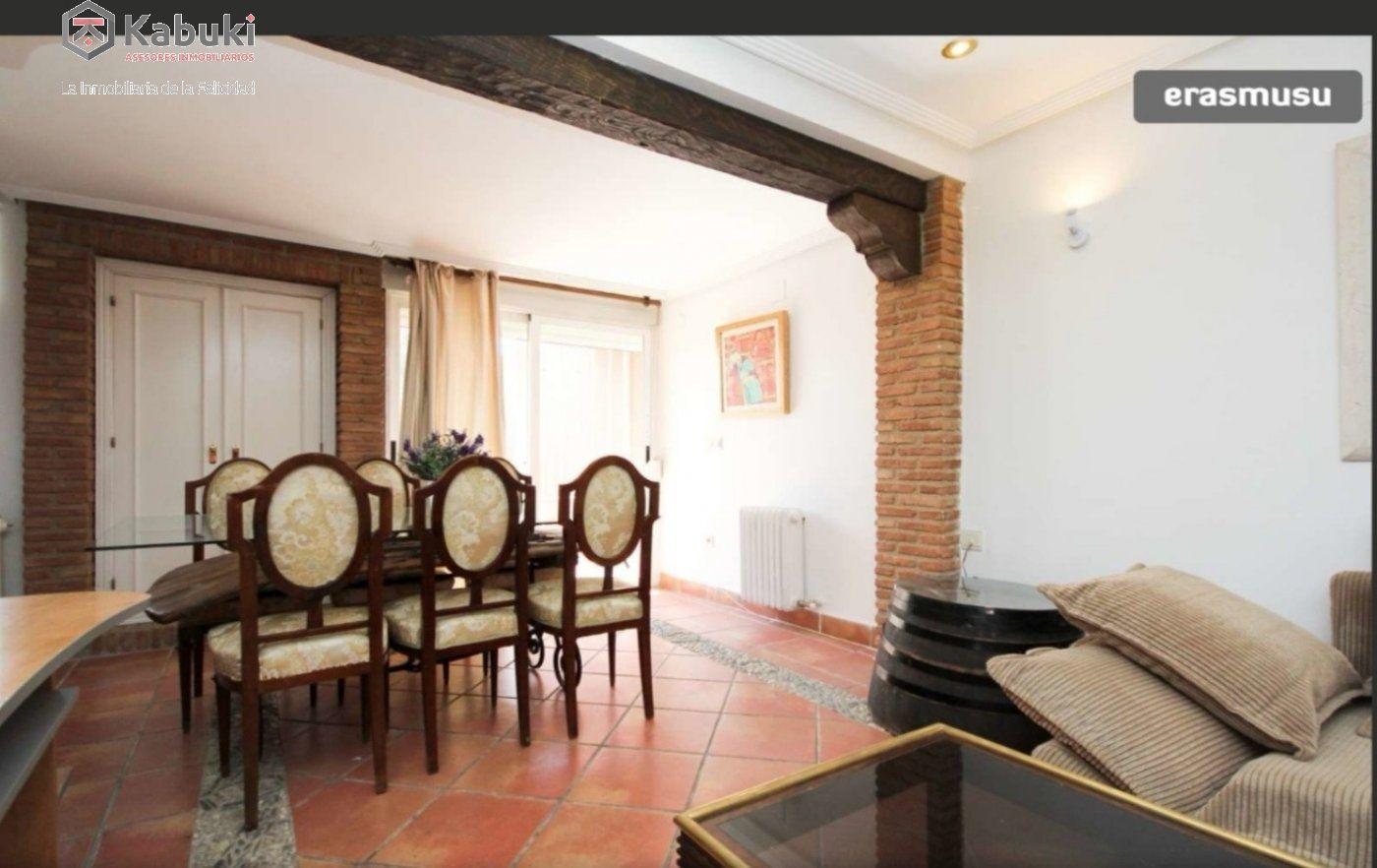 Magnífico apartamento en cármenes de rolando. con chimenea - imagenInmueble5