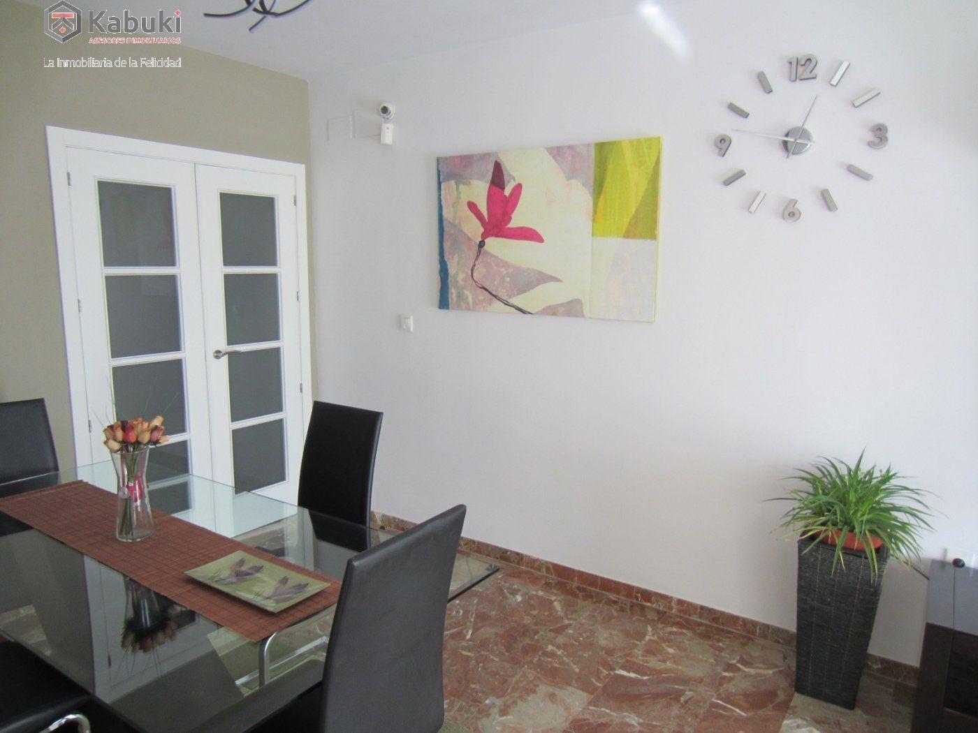 Ático con vistas despejadas en zona residencial, 3 dormitorios, inmejorables calidades - imagenInmueble0