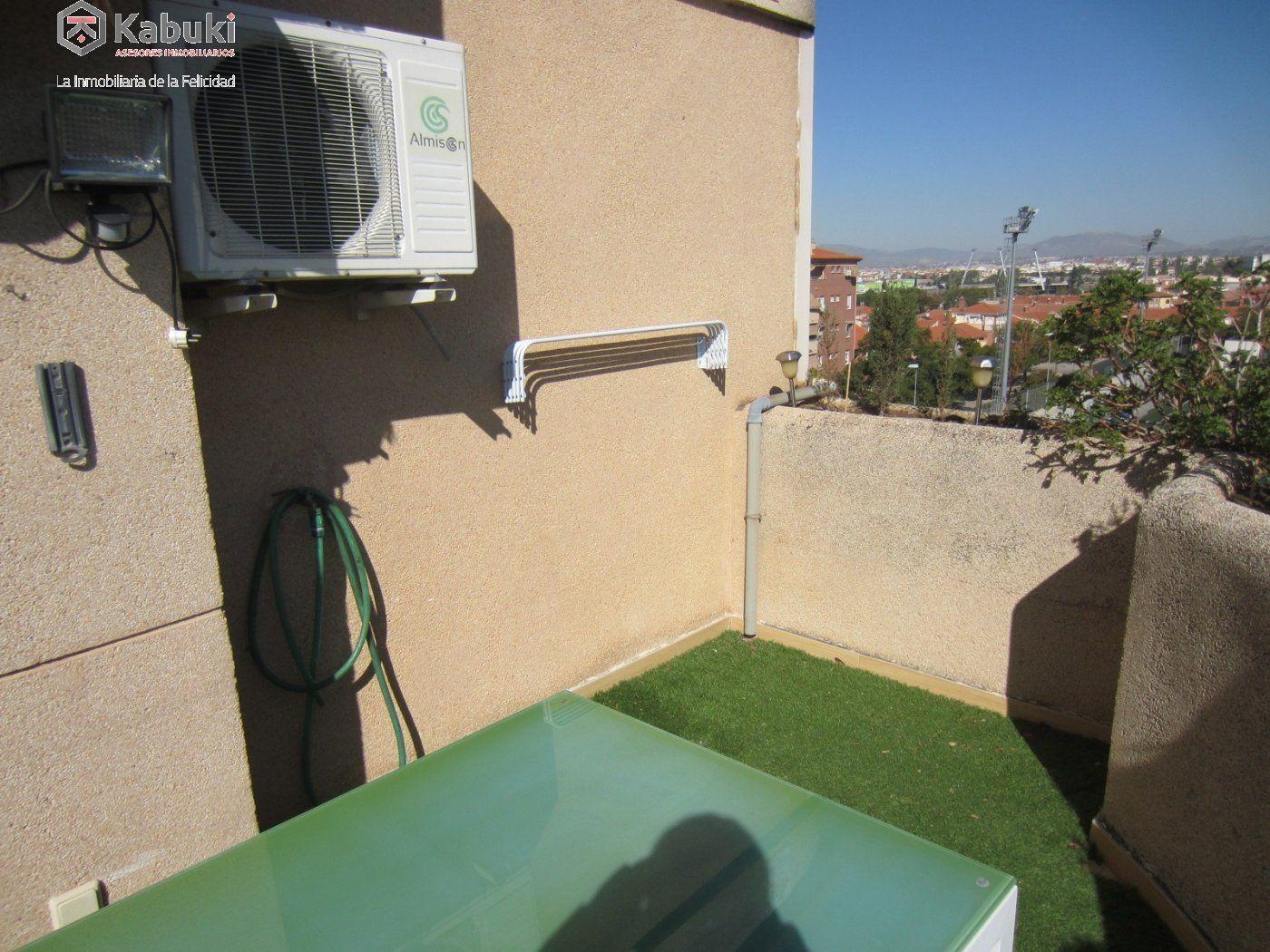 Ático con vistas despejadas en zona residencial, 3 dormitorios, inmejorables calidades - imagenInmueble16