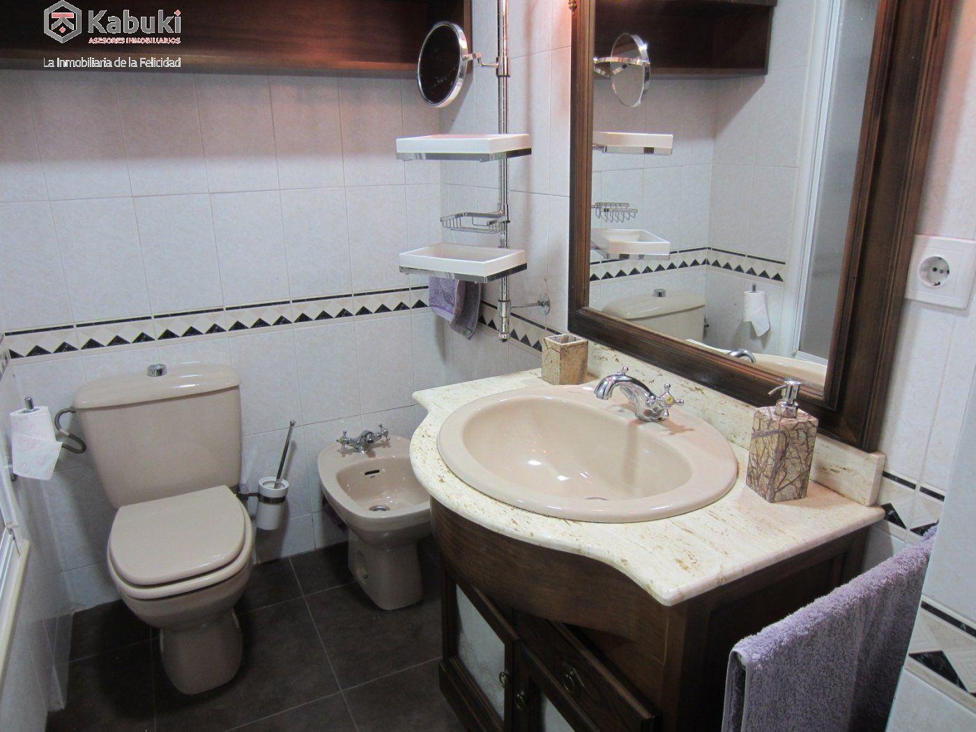 Ático con vistas despejadas en zona residencial, 3 dormitorios, inmejorables calidades - imagenInmueble24