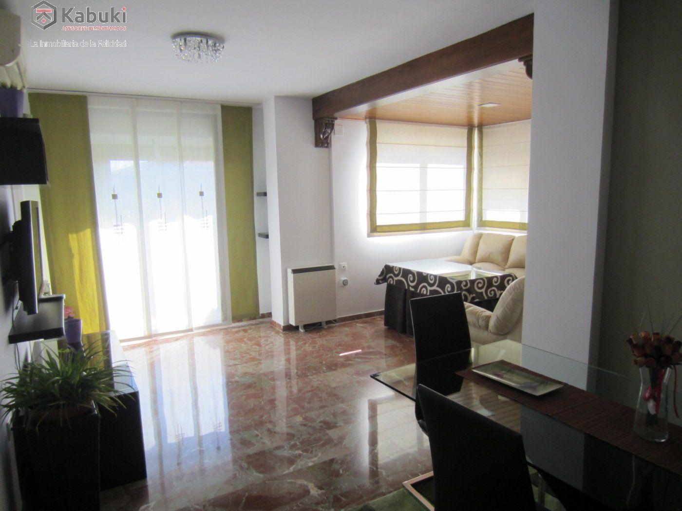 Ático con vistas despejadas en zona residencial, 3 dormitorios, inmejorables calidades - imagenInmueble2