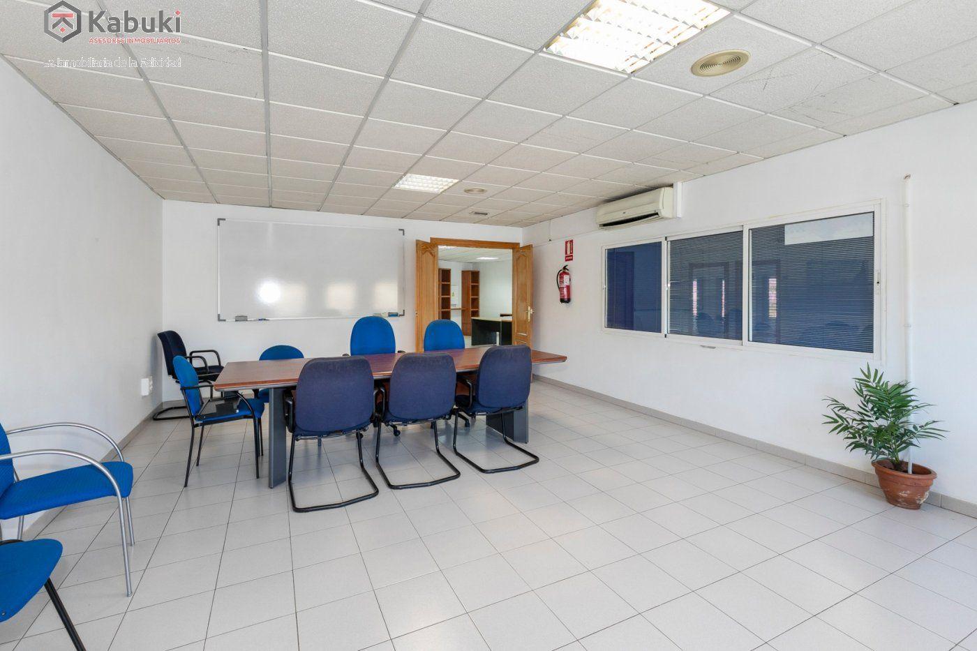 Magnífica oficina luminosa con un inmejorable acceso desde la circunvalación - imagenInmueble6