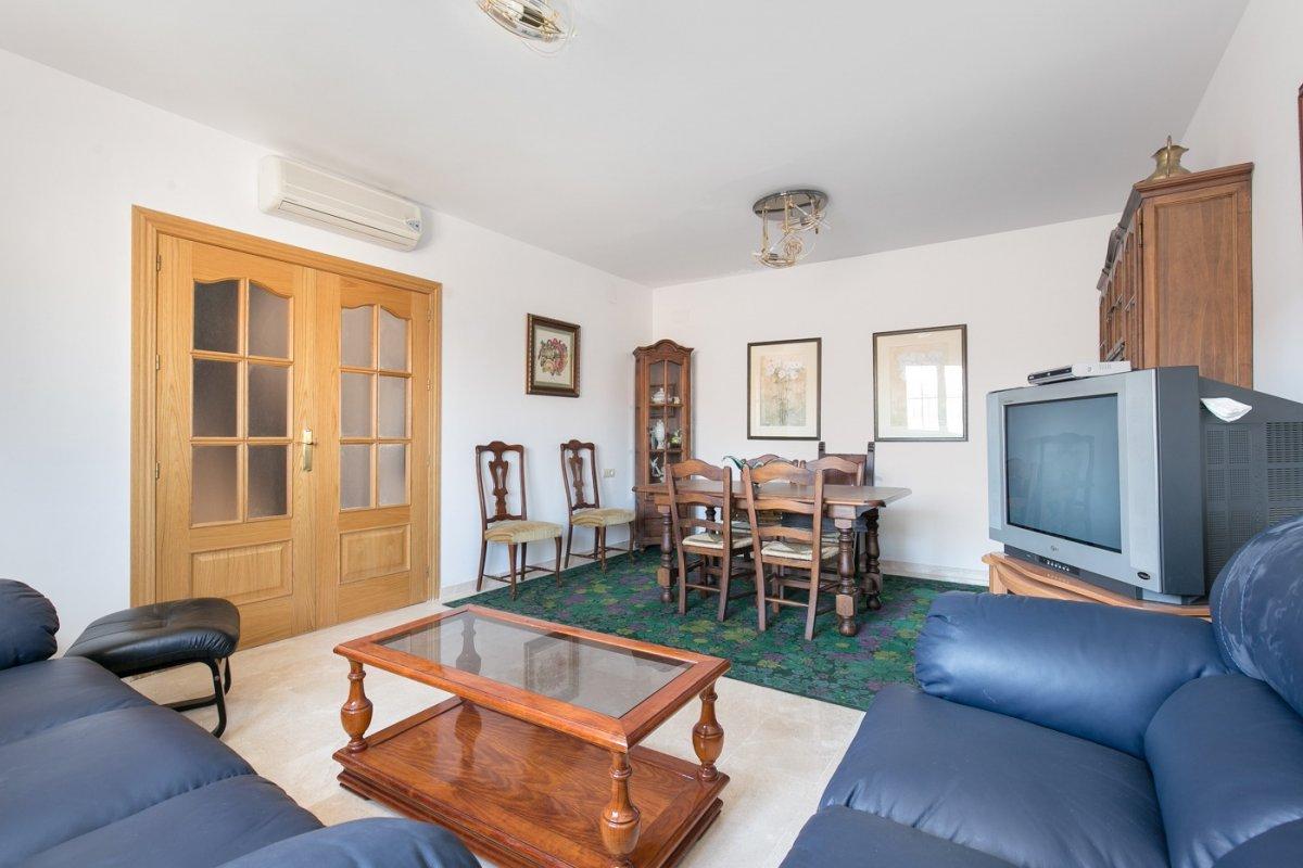 ¿Quieres una casa a estrenar en AMBROZ? Pues aquí tienes una donde puedes fundar tu hogar., Granada