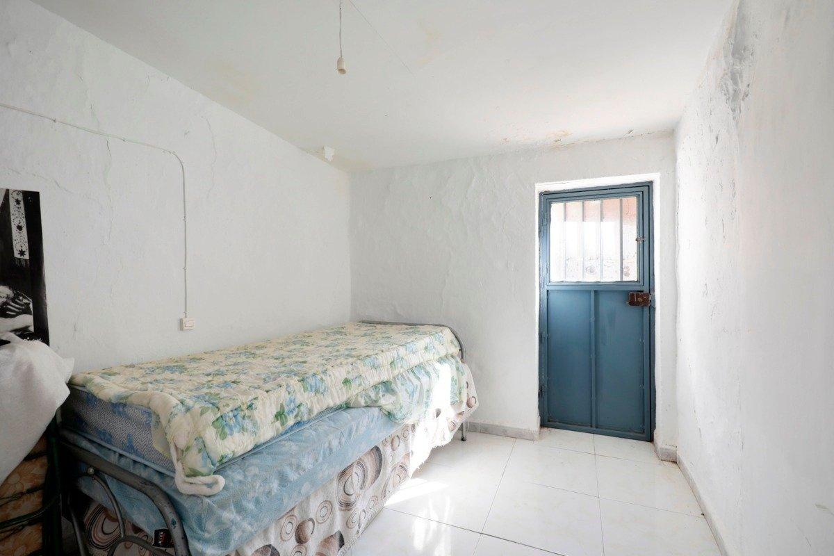 Casa de pueblo de 80 m2 ideal para vivir en plena tranquilidad. en mitad de la naturaleza - imagenInmueble13