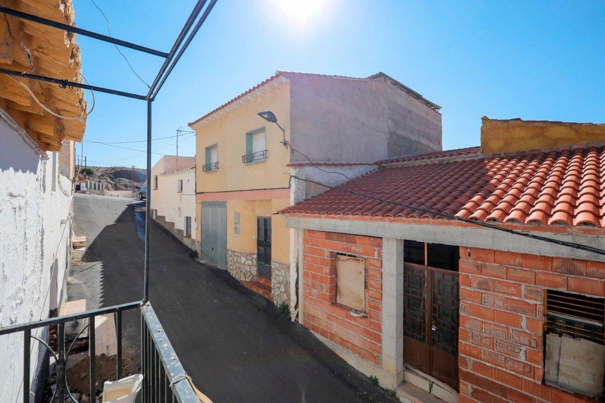Casa de pueblo de 80 m2 ideal para vivir en plena tranquilidad. en mitad de la naturaleza - imagenInmueble19