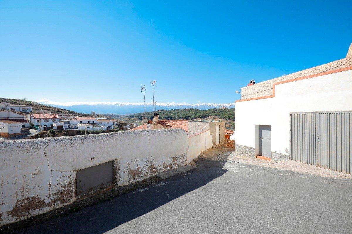 Casa de pueblo de 80 m2 ideal para vivir en plena tranquilidad. en mitad de la naturaleza - imagenInmueble24