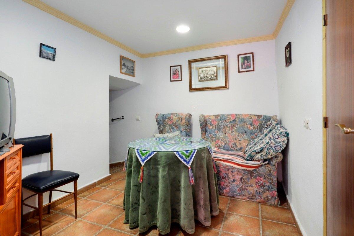 Casa de pueblo de 80 m2 ideal para vivir en plena tranquilidad. en mitad de la naturaleza - imagenInmueble3