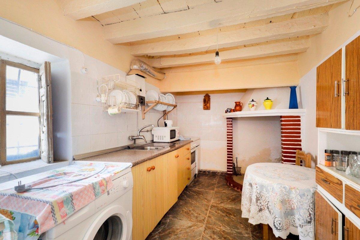 Casa de pueblo de 80 m2 ideal para vivir en plena tranquilidad. en mitad de la naturaleza - imagenInmueble6