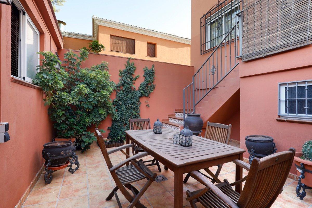 BONITA CASA EN BELICENA, 2x1 Ahora puedes montar tu negocio en esta casa con local/oficina., Granada
